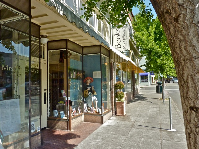 Berkeley's Mrs. Dalloway's bookstore of 'literary and garden arts' is for sale