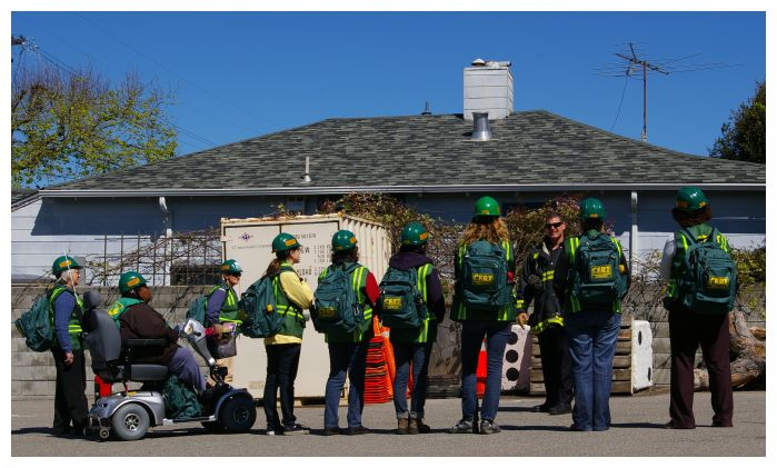 Participants in the city's CERT training practice their skills. Photo: Khin Chin/Berkeley Fire Department