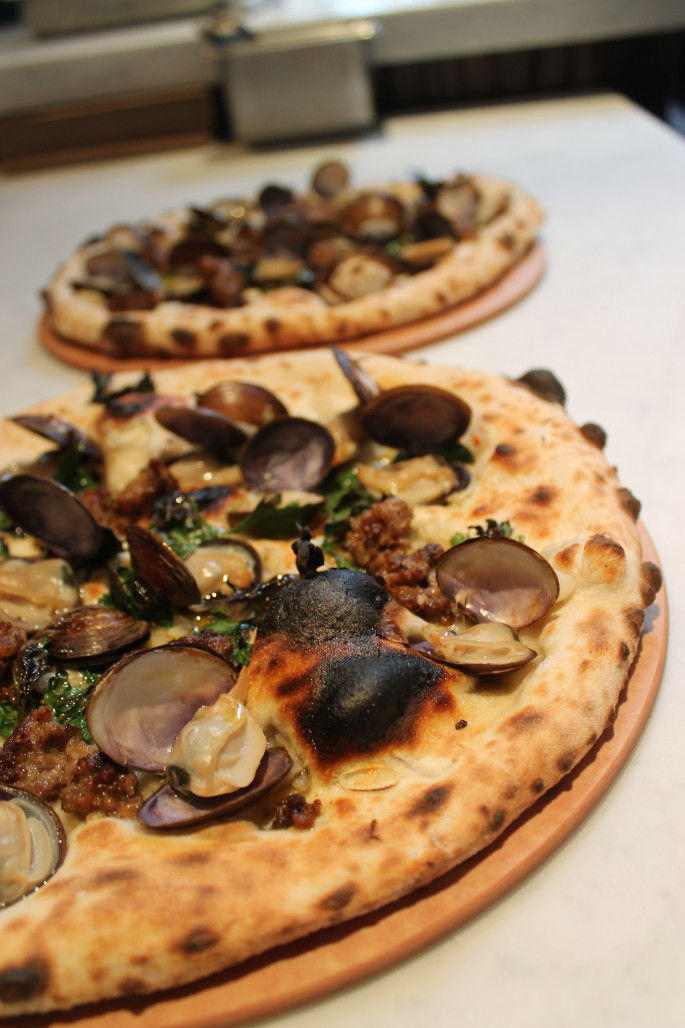 A16Rockridge - salsiccia e vongole pizza