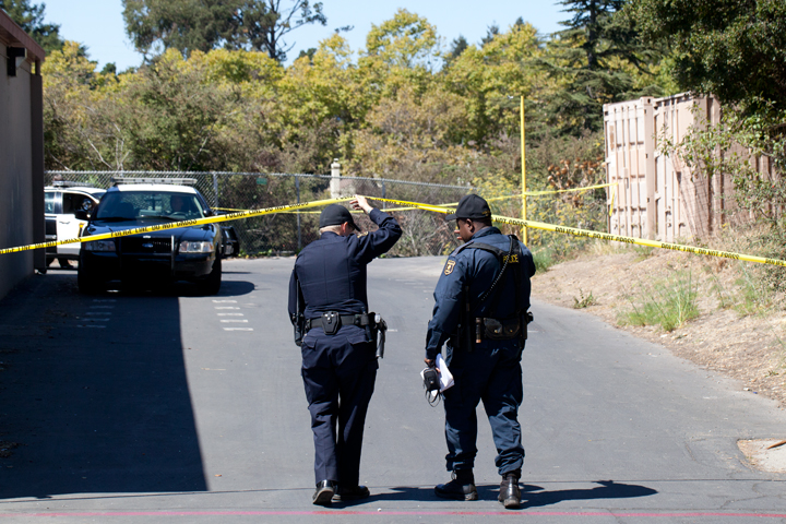 Berkeley Police officers were on the scene of a fatal construction accident at King Middle School on Tuesday, but Cal/OSHA ultimately took over the investigation. Photo: Emilie Raguso