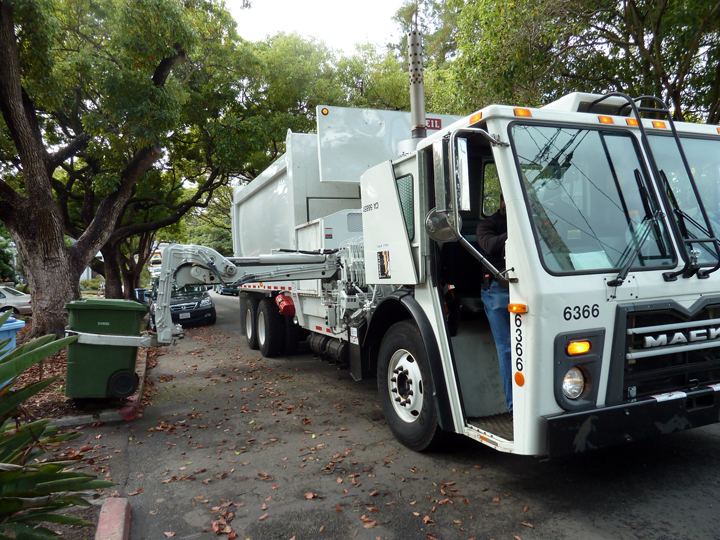 Berkeley began using automated single-operator garbage trucks as a cost-saving measure in late 2012. Photo: City of Berkeley