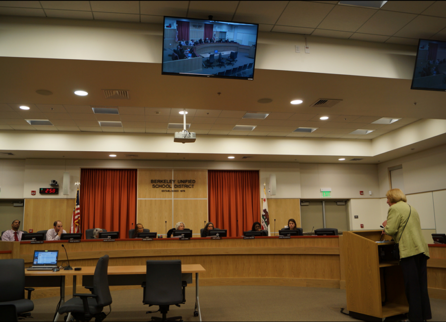 The BUSD school board meeting at its new meeting space on Bonar St.: the district contends it is taking steps towards reducing unofficial transfers. Photo: Mark Coplan/BUSD