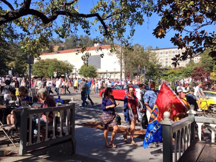 Crowds flow down Bancroft Avenue after the soccer game. Photo: Siciliana Trevino