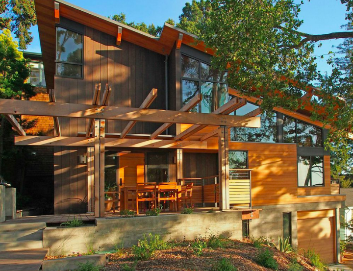 This 'contemporary cabin' is an extensive remodel of a 1930s artist's studio in the Berkeley Hills by architect John Quite. Photo: courtesy AIA East Bay