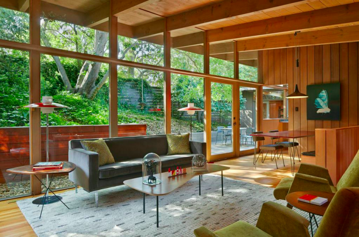 architect Joanne Koch has used her expert eye to restore a classic mid-century modern home in north Berkeley, designed originally by Roger Lee, into a beautiful family home that retains its 1952 features.