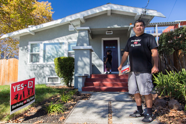 Executive director of the Latino Coalition for a Healthy California, and Berkeley vs Big Soda volunteer, Xavier Morales stands outside of his Berkeley home. Photo: Gael McKeon