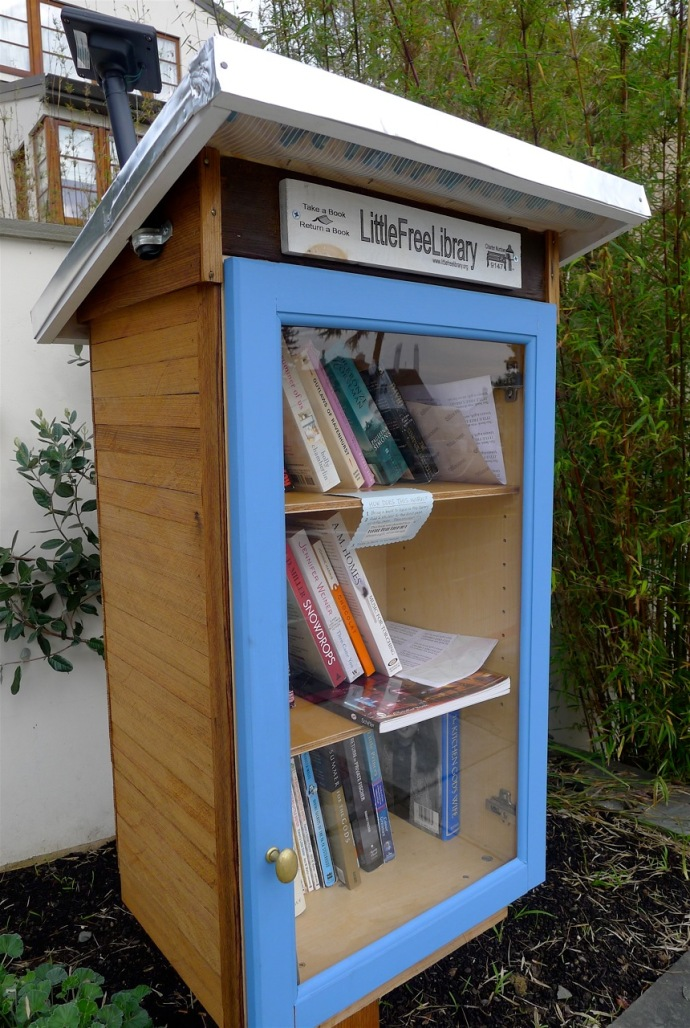 This library, with a solar collector for the lights inside, is on The Arlington in Berkeley just before you reach Kensington. Photo: Colleen Neff