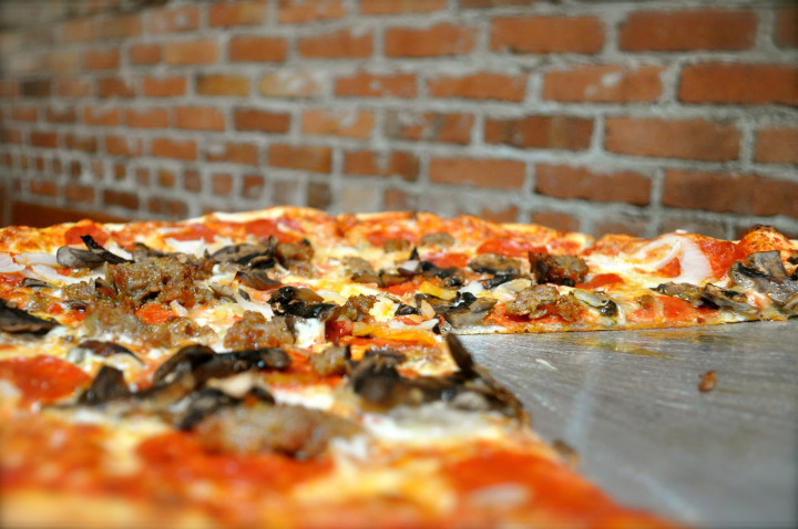 Lanesplitter pizza. Photo: Sharon Hahn Darlin/Flickr