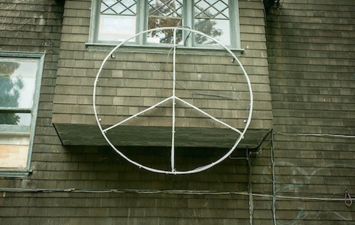 Peace sign at Henry and Berryman Streets. Photo: John Storey.