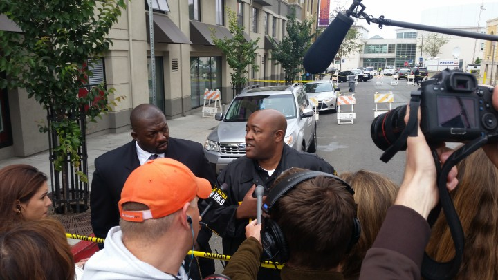 Berkeley Police Officer Byron White talking to reporters about the balcony collapse. Photo: Lance Knobel