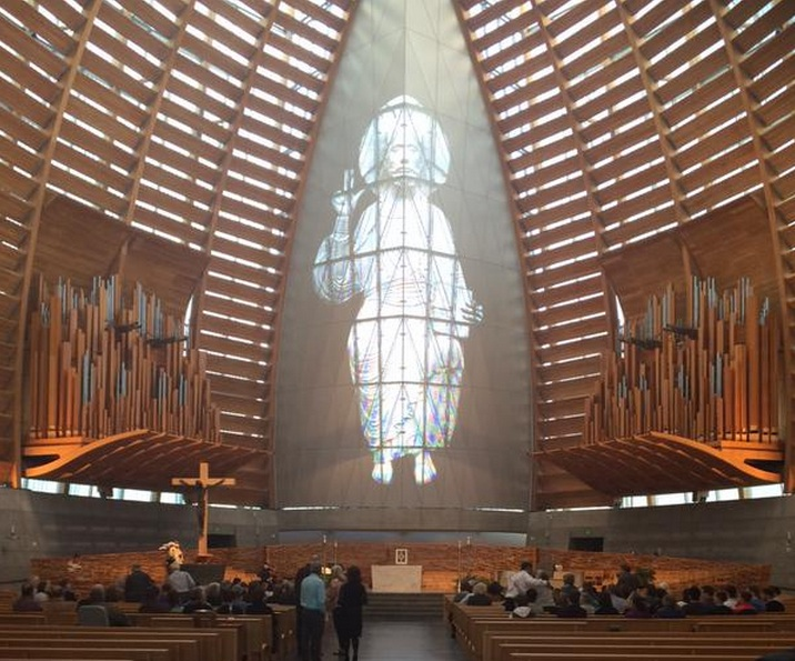 Oakland's Cathedral of Christ the Light was eventually about half full on the evening of June 17, 2015 as mourners gathered for a service to remember the victims of Berkeley's June 16 balcony collapse. Photo: Emily Dugdale