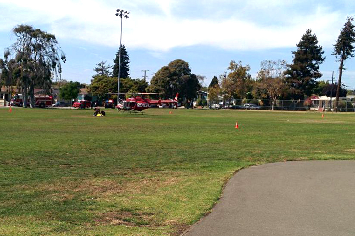 A medical helicopter has landed in San Pablo Park to transport a patient. Photo: hfidek