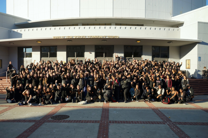 Photo: Portrait of 500 students and staff at end of Blackout day at #BerkeleyHigh