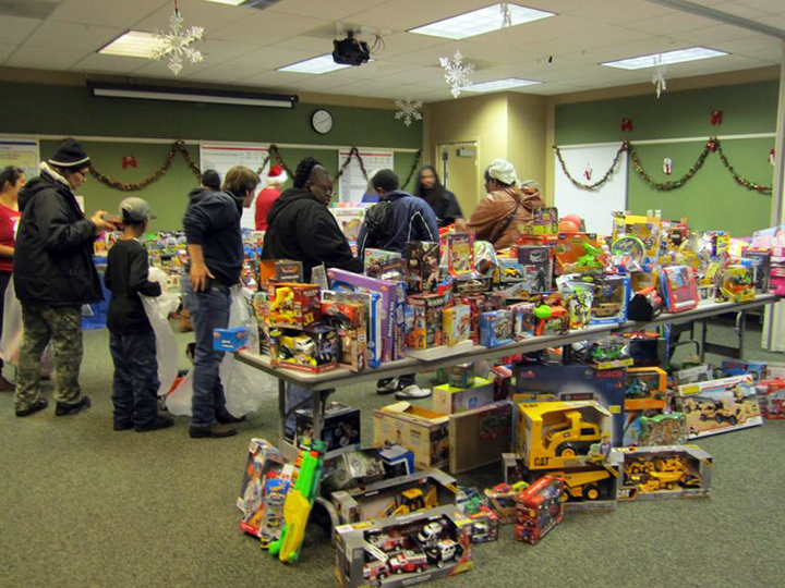 Toys For Tots Community : Berkeley toys for tots needs community help after