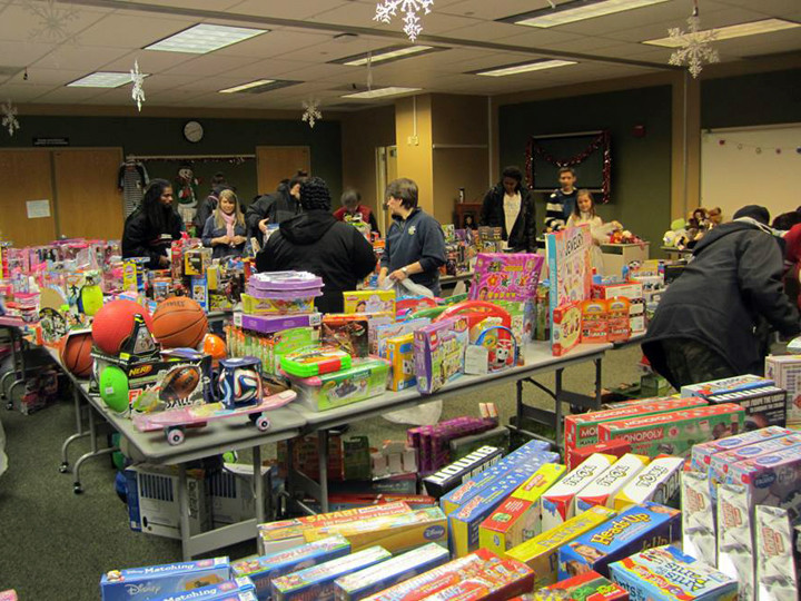 The 2014 Toys for Toys giveaway. Photo: Berkeley Police Association