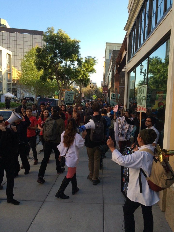 Over 110 protesters converged on Calavera restaurant during a protest on April 1, 2016. Photo: Jenny Huang