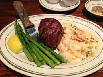 Photo: Izzy's Steaks and Chops/Facebook