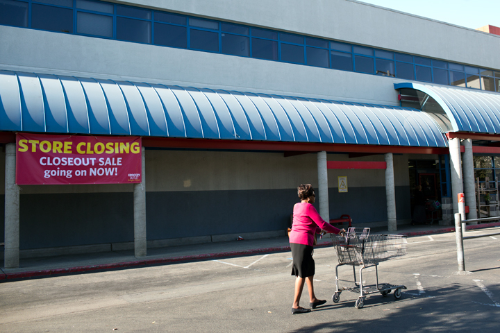 The Berkeley Grocery Outlet is closing Aug. 20 to make way for housing. Photo: Emilie Raguso