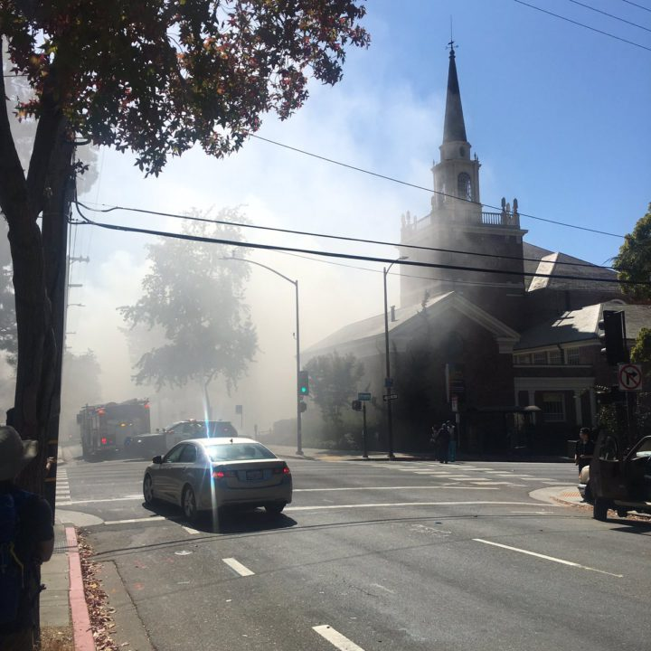 Fire on Channing at the First Congregational Church. Photo: @iZaynab