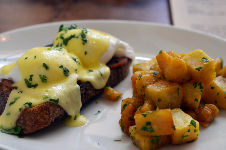 The eggs Benedict at Mockingbird in Downtown Oakland.