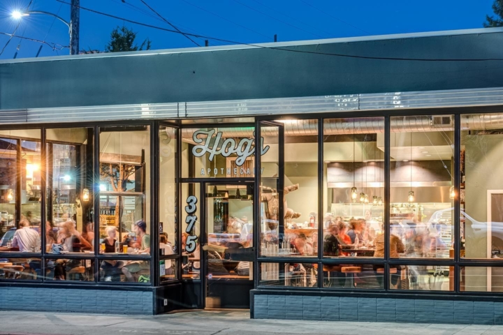 A nighttime shot of Hog's Apothecary in Temescal