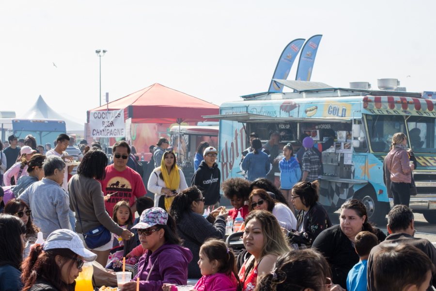 Foodieland Night Market attracted crowds during its debut weekend at the Golden Gate Fields.