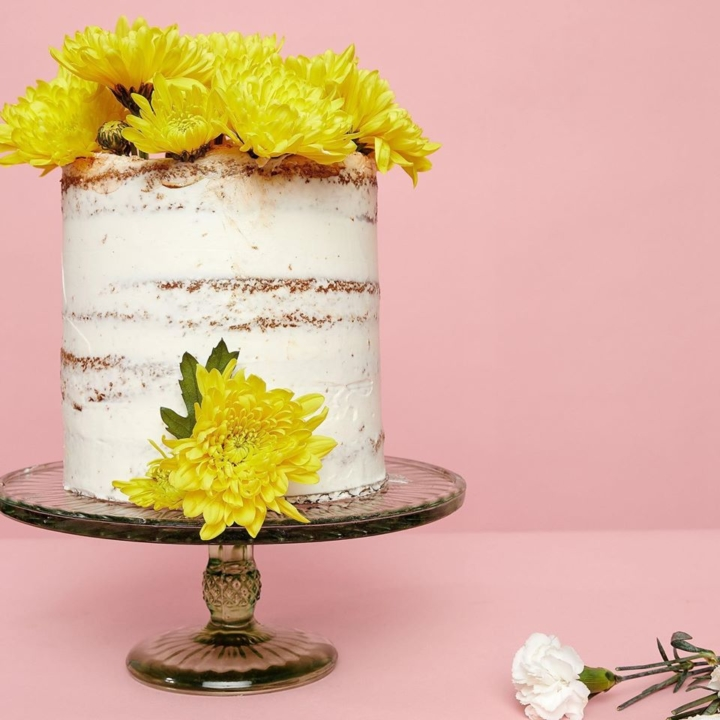 A cake from Oakland's Two Chicks in the Mix. Photo: Two Chicks in the Mix