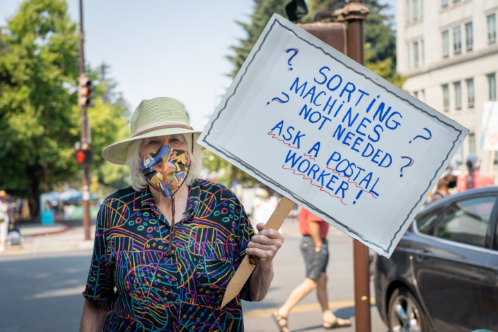 Save USPS protest outside downtown Berkeley post office on Saturday Aug. 22, 2020. Photo: Shira Bezalel