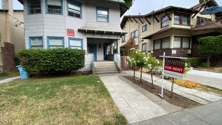 Two houses in Berkeley side by side, one for rent