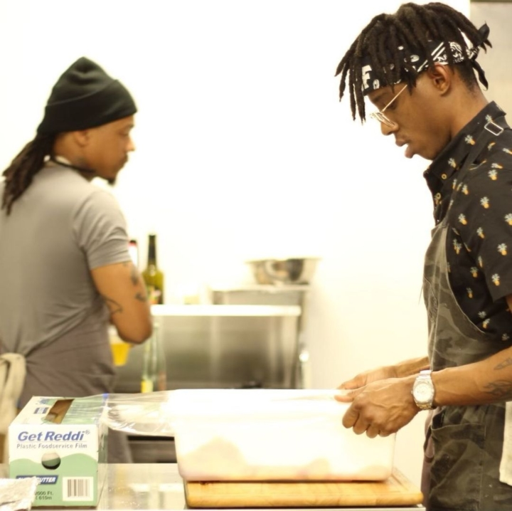 Chefs Mike Woods (left) and Solomon Johnson. Photo: @Vicecutter