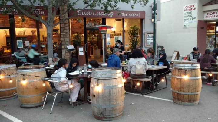 The outdoor seating area in front of Bua Luang on Solano Avenue.