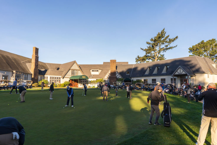 Berkeley Country Club clubhouse with golfers